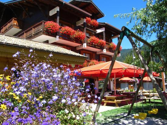 Residence Frond Neige: summer location