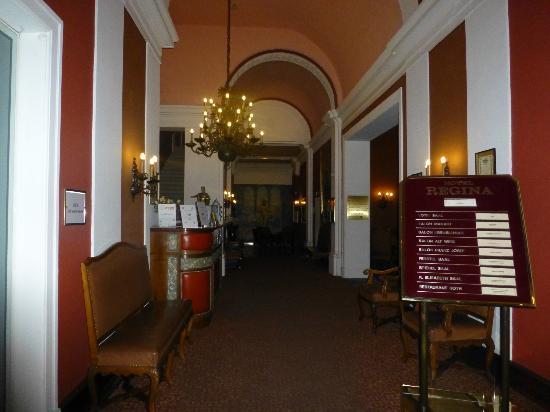Hotel Regina: ENTRADA AL HOTEL