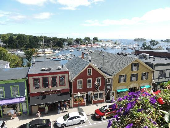 Lord Camden Inn: Balcony view of harbor