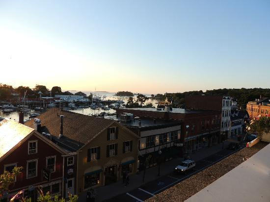 Lord Camden Inn: View from balcony at sun rise