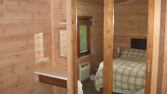 Darwin Forest Country Park: double room