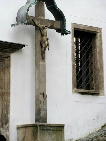 The Chaplain's House (Kaplanka) : crusifix