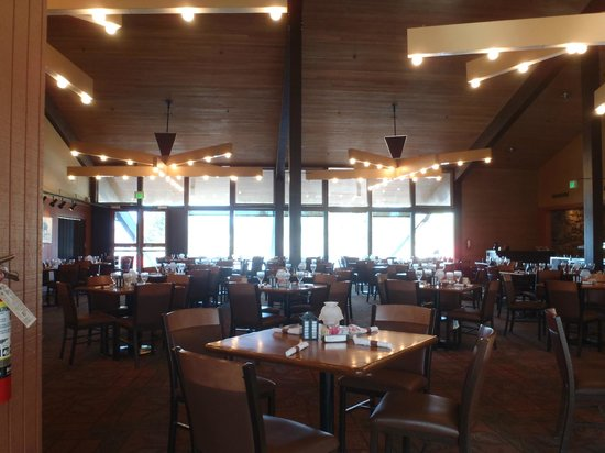 Canyon Lodge Dining Room Yellowstone Review