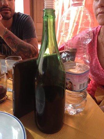 Casola, Włochy: acqua e vino