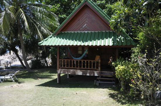 Lucky Resort: sea view hut