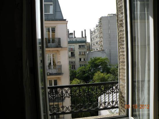 Parc Hotel Paris: View