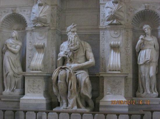 Скульптура Моисея - Изображение San Pietro in Vincoli, Рим - Tripadvisor