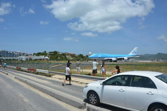 Royal Islander Club La Plage: Maho Beach - KLM 747 To/From Amsterdam/SXM