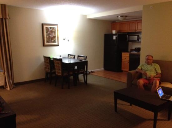 MainStay Suites Knoxville: at home in 15 minutes