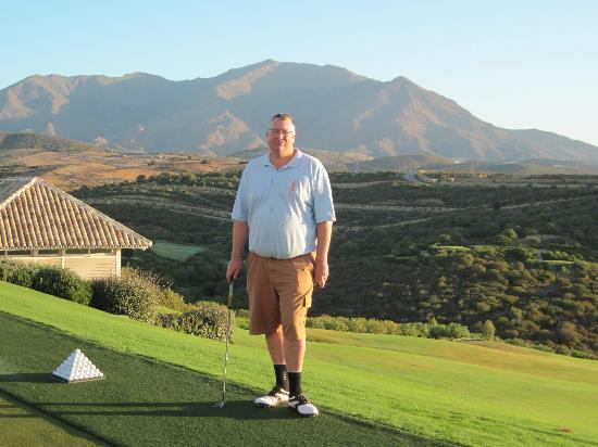 Finca Cortesin Hotel, Golf & Spa: Beautiful Mountain Backdrop