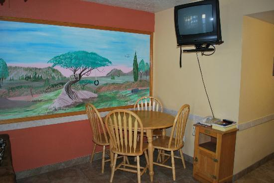 Coronada Inn and Suites: Dining area