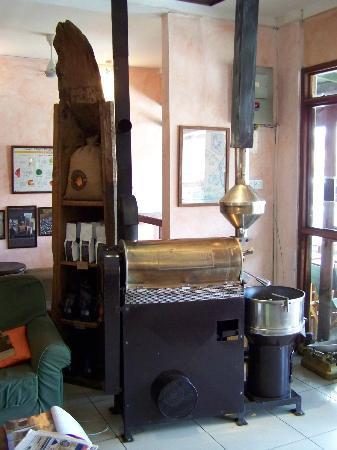 Msumbi Coffees: Coffee roasting machine
