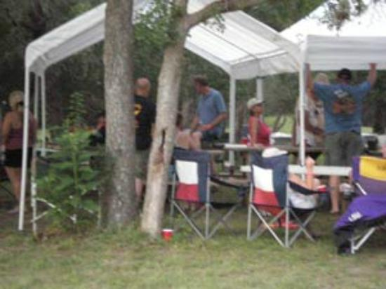 Riverside Resort: Tent Camping