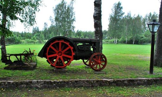 Fazani: Outside lays first artifacts