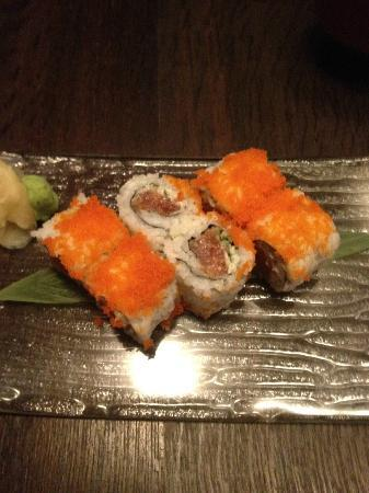 Sake Restaurant & Bar: Dynamite roll