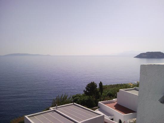 ذا بننسولا هوتل: View from a calm day. 