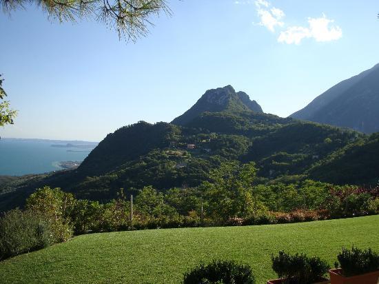 Lefay Resort & Spa Lago di Garda: View from hotel