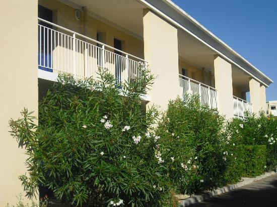 Victoria Garden La Ciotat Appart'hotel : terrazzi