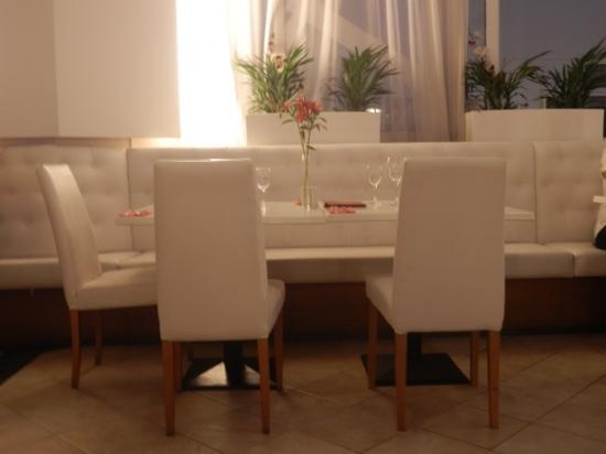Bianco Restaurant: decor in resturant