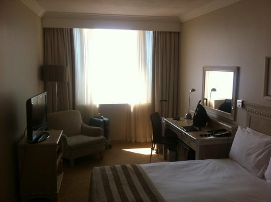 Southern Sun Elangeni & Maharani: Superior room