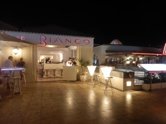 Bianco Restaurant: bianco front view