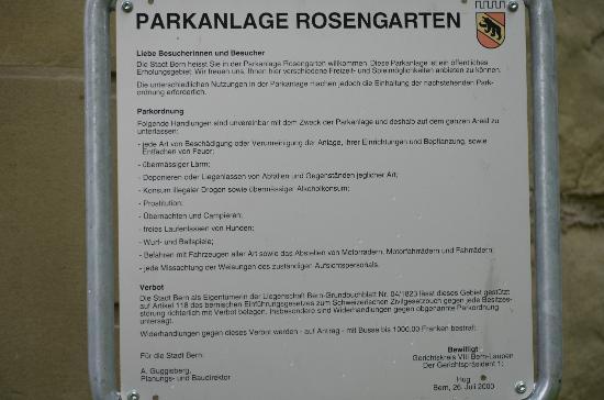 Rose Garden (Rosengarten): Placa a la entrada