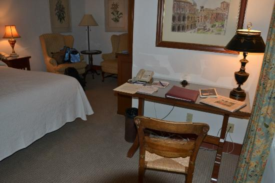 Arizona Inn: desk area with complimentary book about hotel history