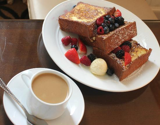 Omni San Francisco Hotel : French Toast & Coffee From Room Service - Magnificent