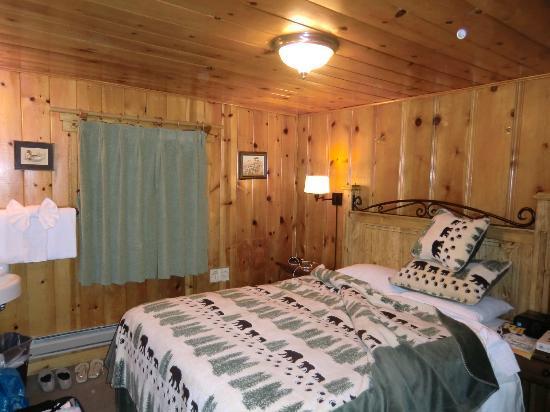 Tamarack Lodge and Resort: Die Holz Einzelzelle im Jogi Bär Wald