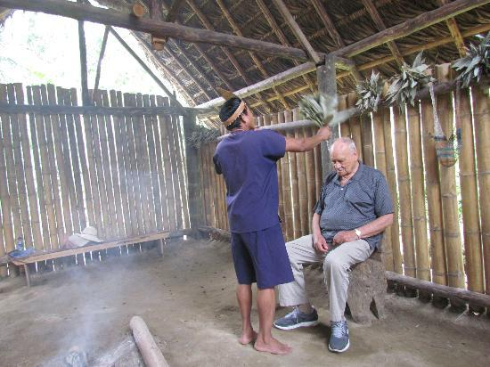 MIO Tours - Day Tours : Shaman cleansing