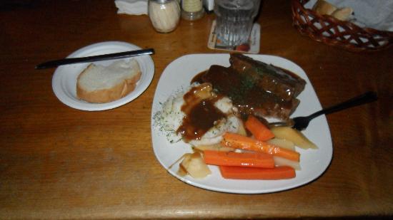 Shannon Door Pub Meatloaf Special-Big portion & Meatloaf Special-Big portion - Picture of Shannon Door Pub Jackson ...