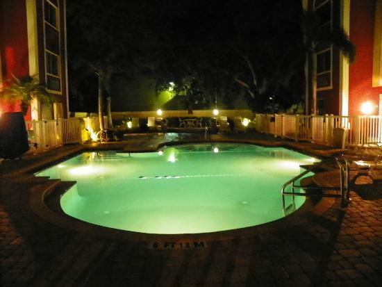 Holiday Inn Express & Suites Bradenton West: NICE POOL AREA