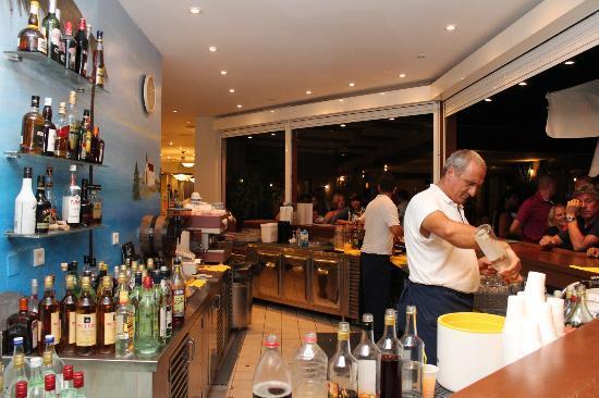 Smartline  Village Resort & Waterpark: Main Bar
