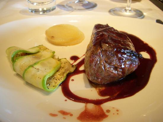 La Bourgogne: Main dish.