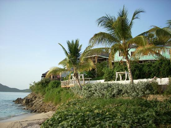 Cocobay Resort: Resort from the beach