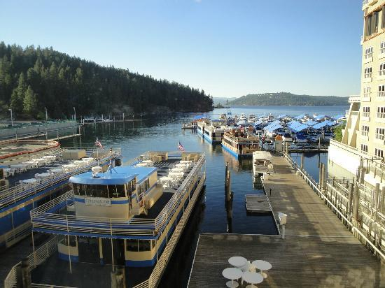 The Coeur d'Alene Resort: Tubbs Hill Trail on left