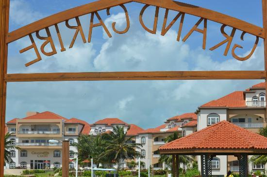 Grand Caribe Belize Resort and Condominiums: dock