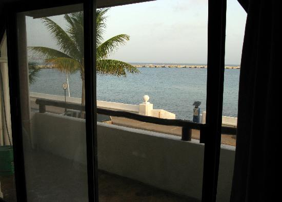 Safari Inn: View from my oceanfront room