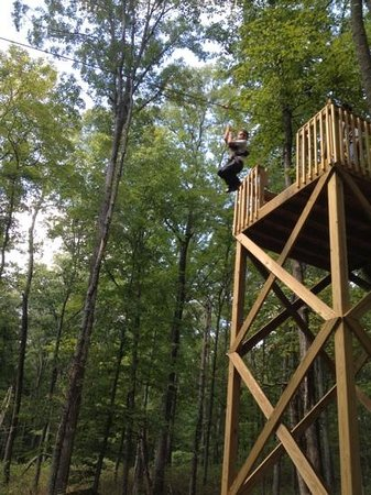 Lark Valley Zip Lines: woo hoo