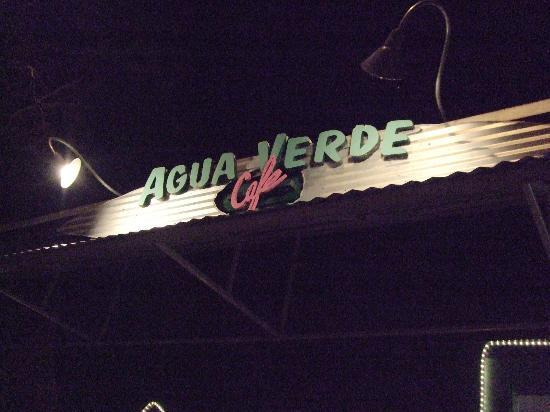 Agua Verde Cafe: A casual, wonderful place to dine!