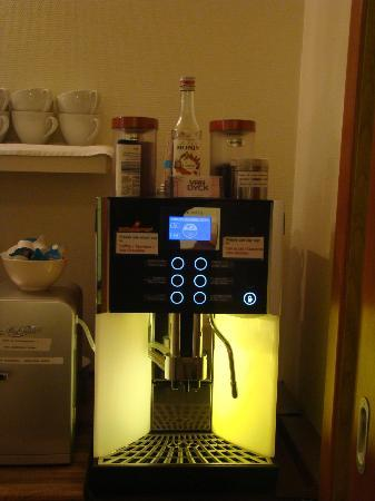 Hotel Domstern: The great coffee machine!