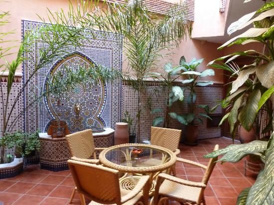Hotel Atlas : Courtyard