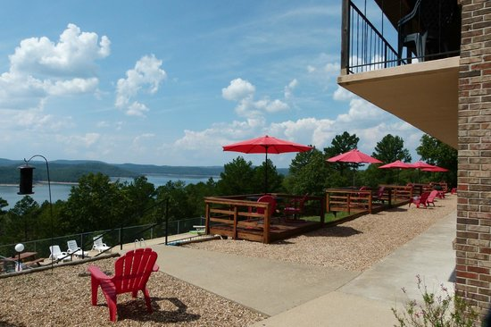 Pointe West Resort Motel: Balcony/deck views