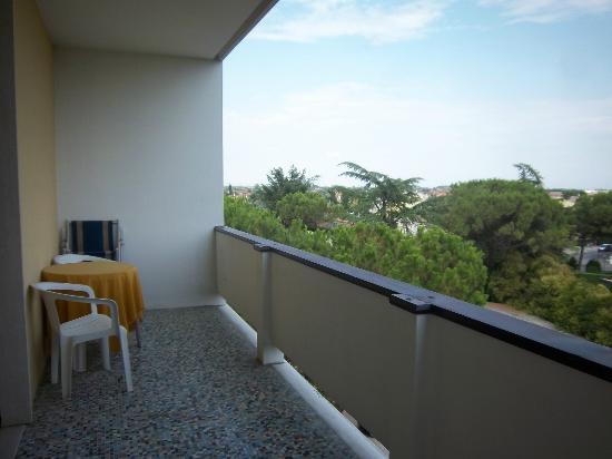 Wellness Hotel Terme delle Nazioni: huge balcony