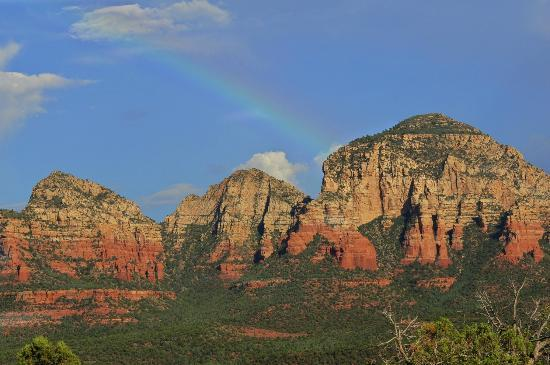 The Canyon Wren - Cabins for Two: At the end of the Rainbow