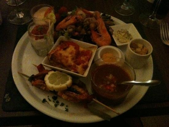Le plat dans l'assiette: Seafood Themed Platter (Mediterranean Style)