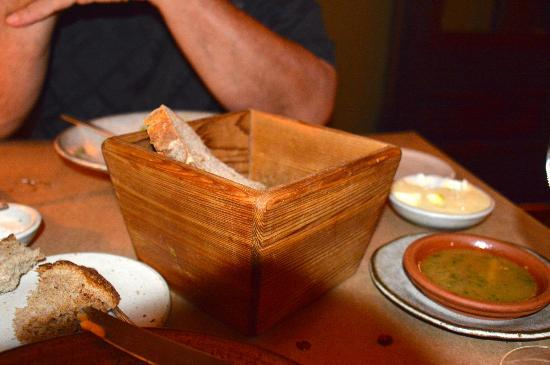 Willows Inn: Bread with house-made butter and pan drippings