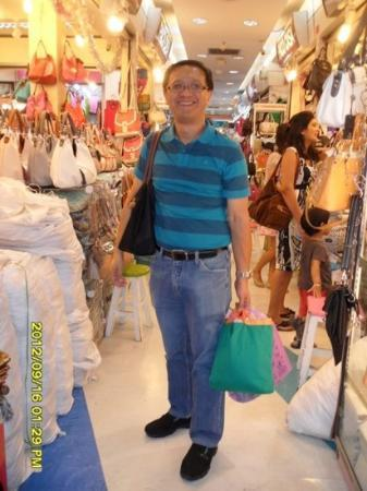 Pratunam Center: beautiful inexpensive bags for my wife everywhere!