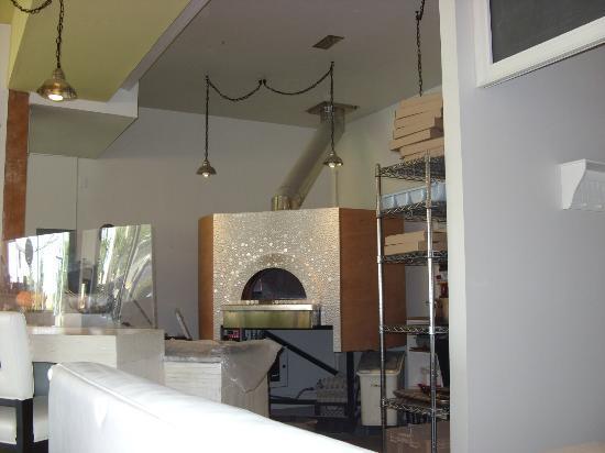 Riso: The pizza oven