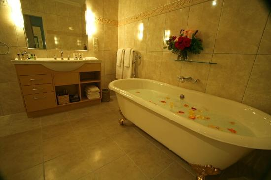 Chalet Eiger: Tongariro Bath